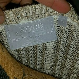 Sweaters - **Joyce**